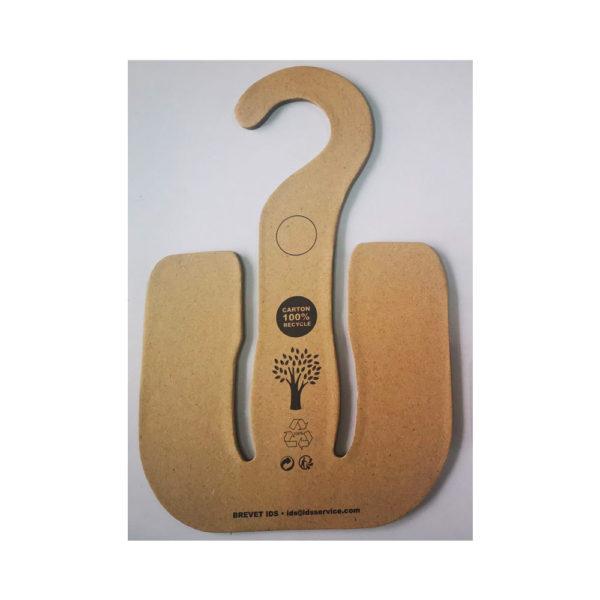 CC model hanger